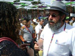 El Padre Mauro Verzelleti, Secretario de la Movilidad Humana de la CEG (Conferencia Episcopal de Guatemala) dejó varias entrevistas a la Prensa.