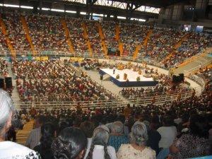 ... en el Auditorio Benito Juárez lleno hasta el tope.